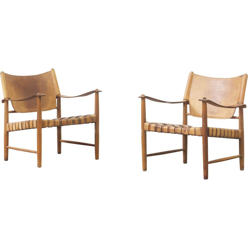 Pair of Safari leather lounge chairs by Hans J. Wegner, Germany 1950s