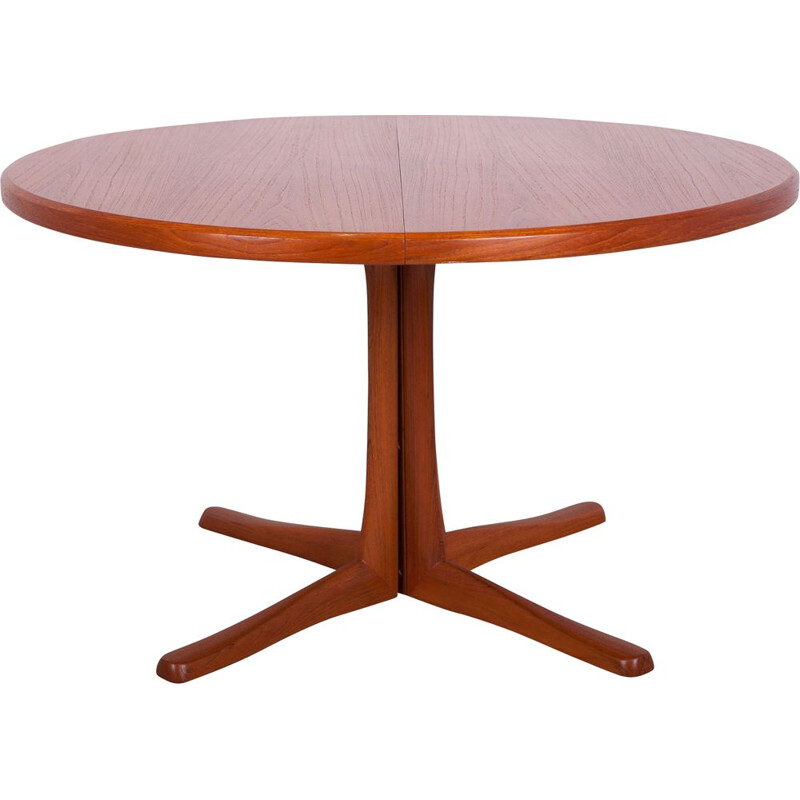 Vintage round extensions dining table from McIntosh, Great Britain 1960s