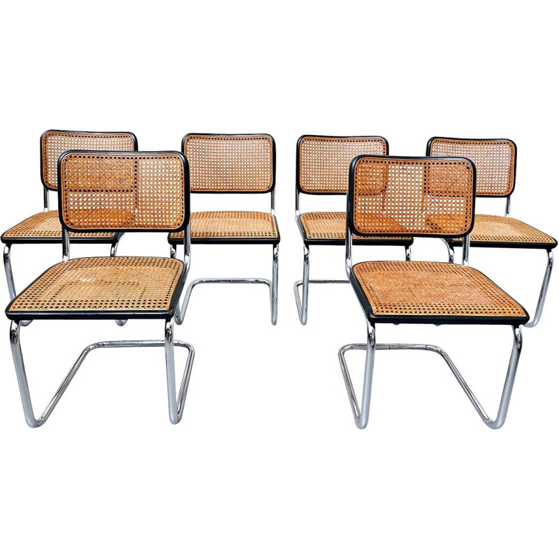 Set of 6 vintage bentwood chairs by Thonet