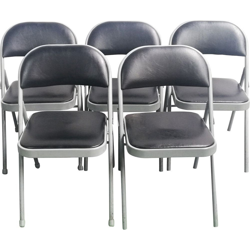 Set of 5 realspace vintage folding chairs