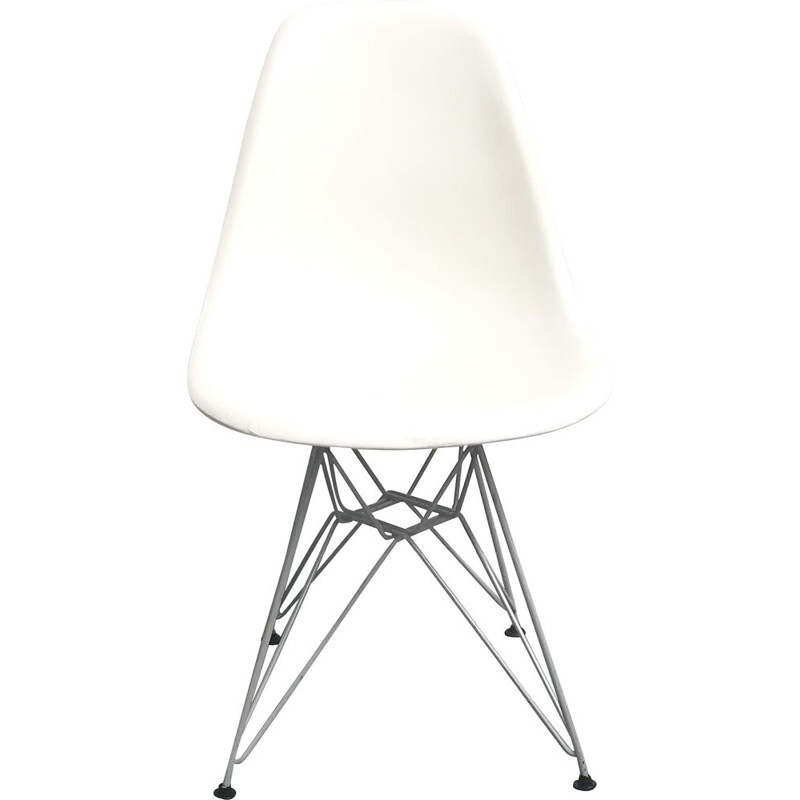 DSR vintage chair by Eames for Vitra