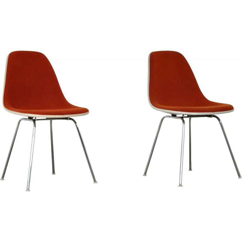 Pair dining chairs by Charles and Ray Eames for Herman Miller, 1960s