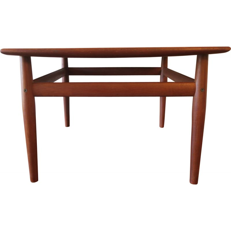 Vintage curved teak square coffee table by Grete Jalk for Glostrup, Denmark 1960s