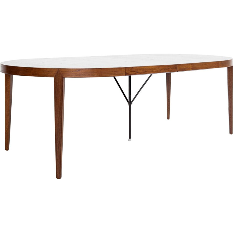 Mid century round dining table in teak by Severin Hansen for Haslev, Denmark 1960s