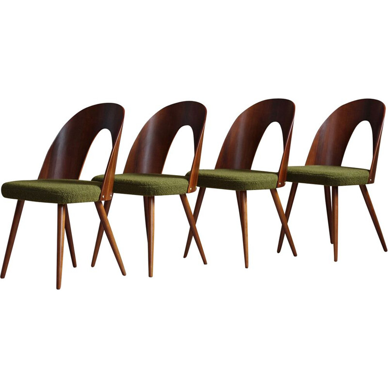 Set of 4 mid century dining chairs in green boucle by A. Šuman for Kvadrat, 1960s