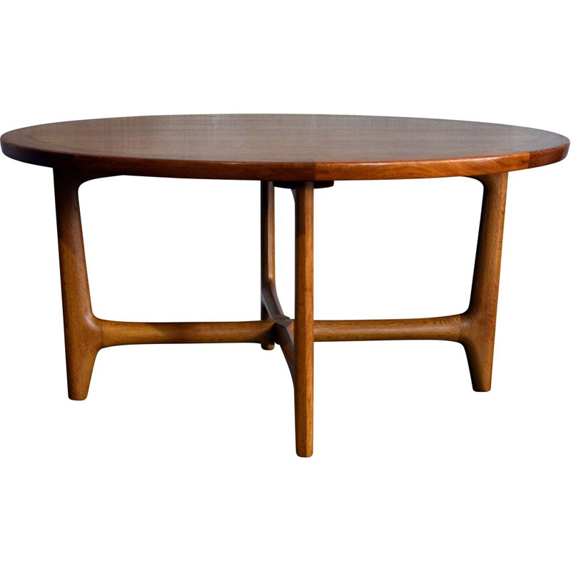 Mid-century round coffee table in teak by Niels Otto Møller for J.L. Møllers, 1960s