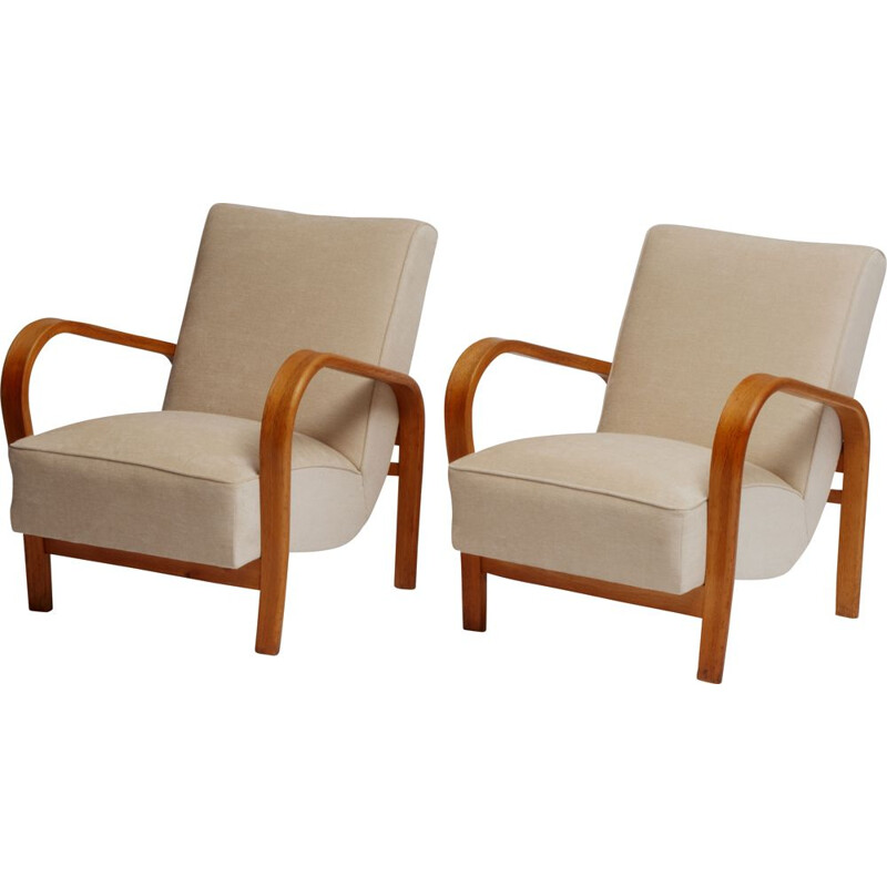 Pair of vintage HF11 armchairs by Jindřich Halabala for Interier Praha