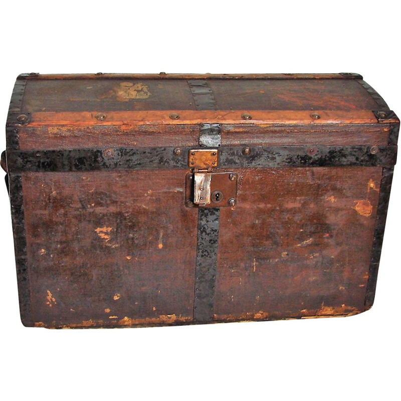 Wood and metal vintage chest, 1800-1900s
