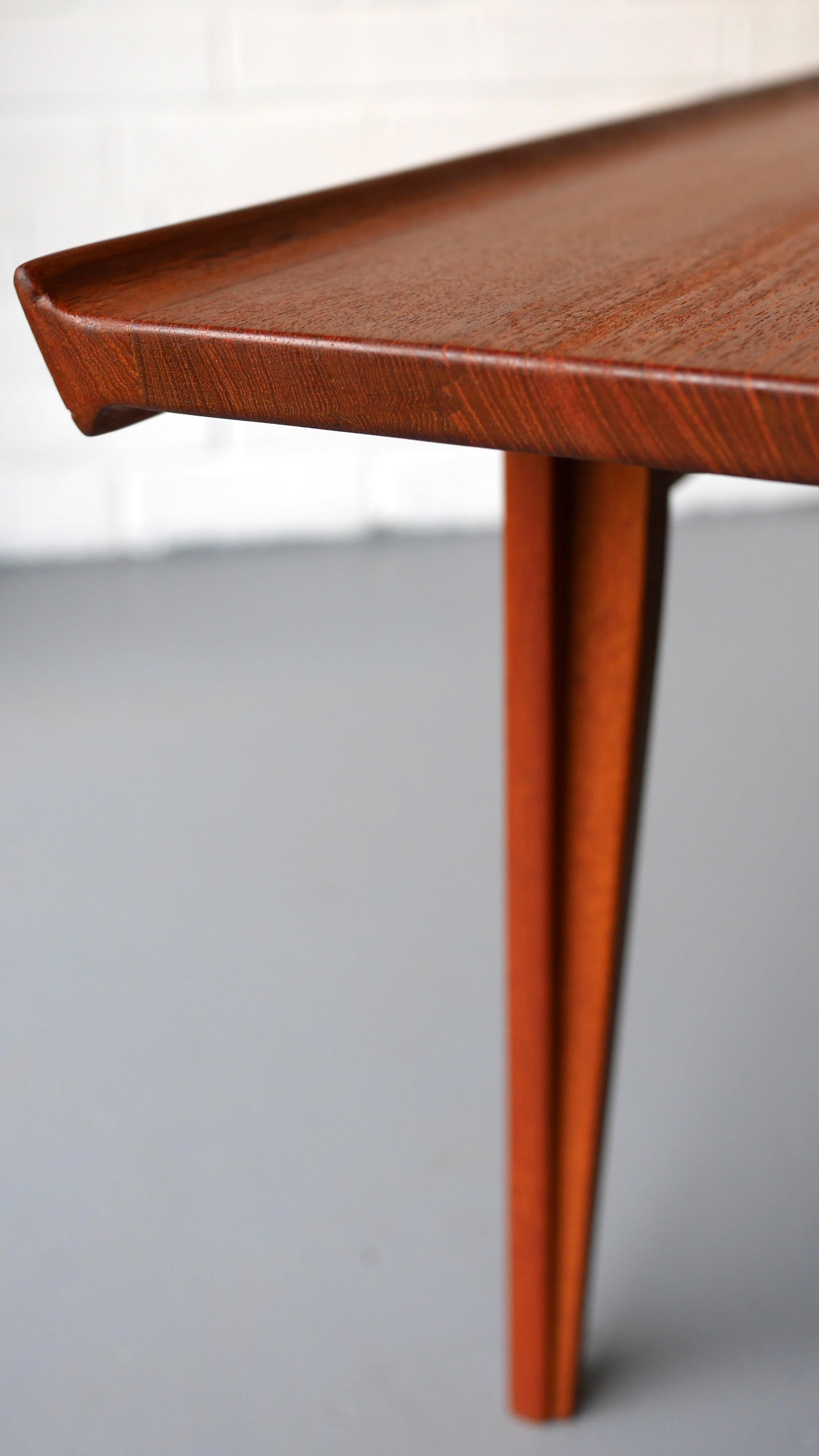 "France & Son of Denmark ""532"" coffee table Finn JUHL 1950s"