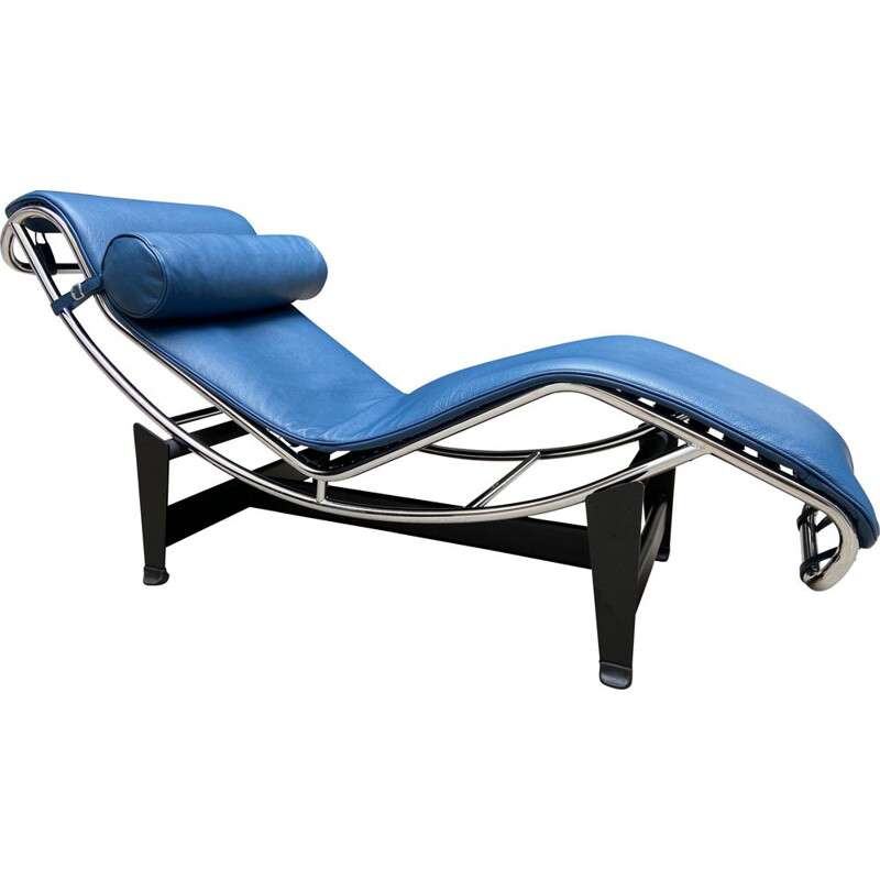 LC4 Poney vintage lounge chair in blue leather by Le Corbusier and Charlotte Perriand for Cassina, 2016