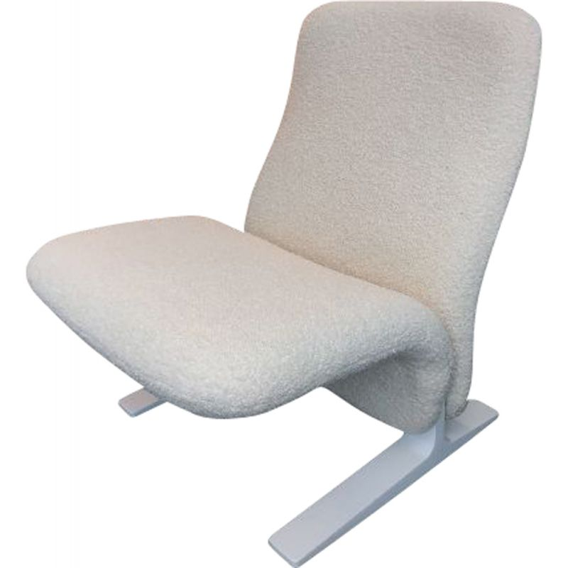 """Vintage armchair """"Concorde"""" in white fabric by Pierre Paulin"""
