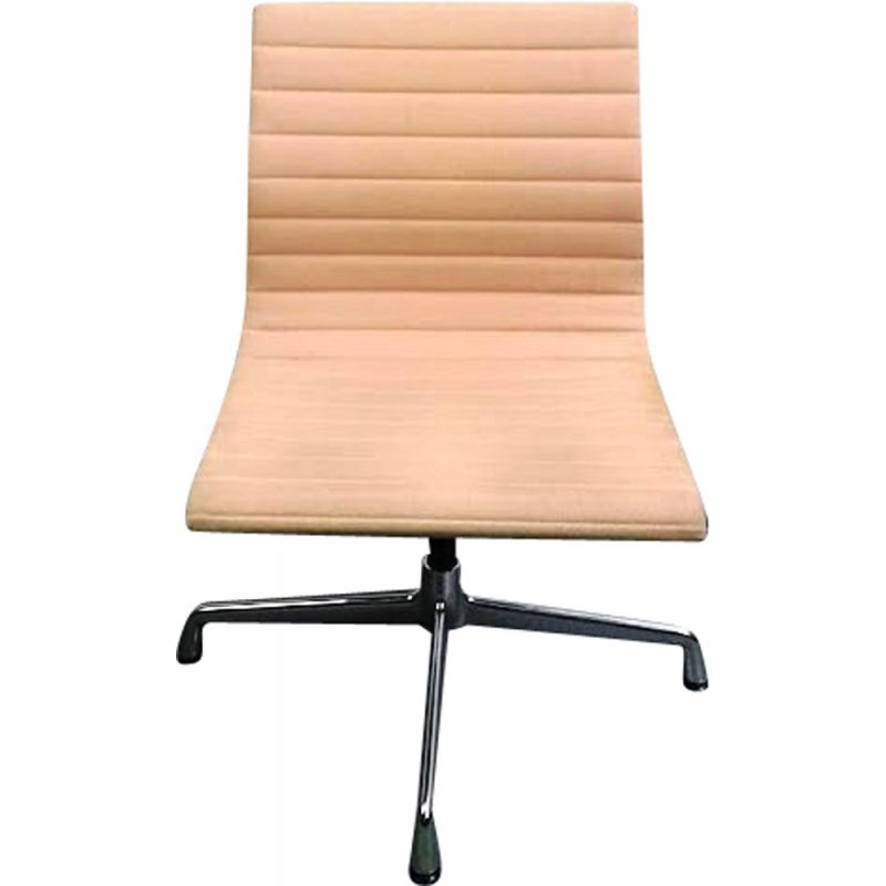 EA105 vintage chair by Charles & Ray Eames for Vitra