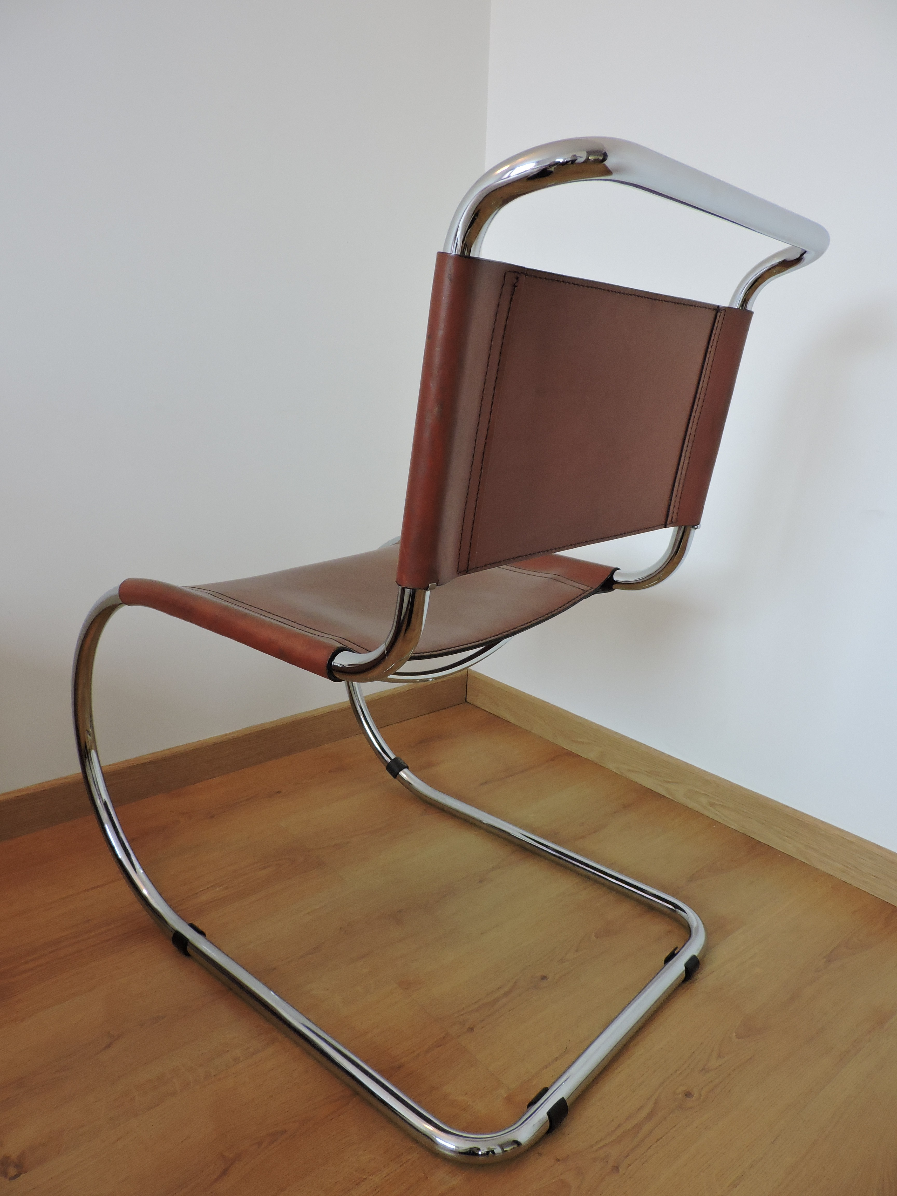 "Thonet ""MR10"" chair in leather Ludwig MIES VAN DER ROHE 1970s"