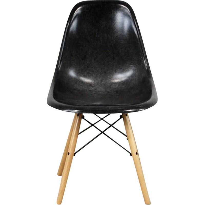DSW vintage black chair by Charles & Ray Eames for Herman Miller, 1970s