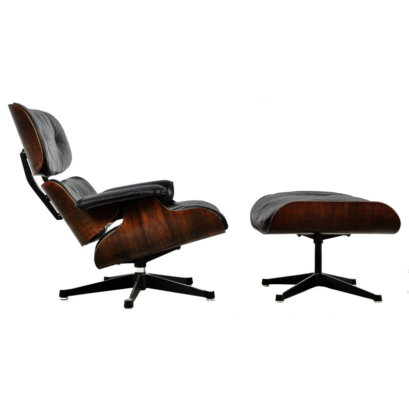 Mid century lounge chair with ottoman by Charles & Ray Eames for Herman Miller, 1970