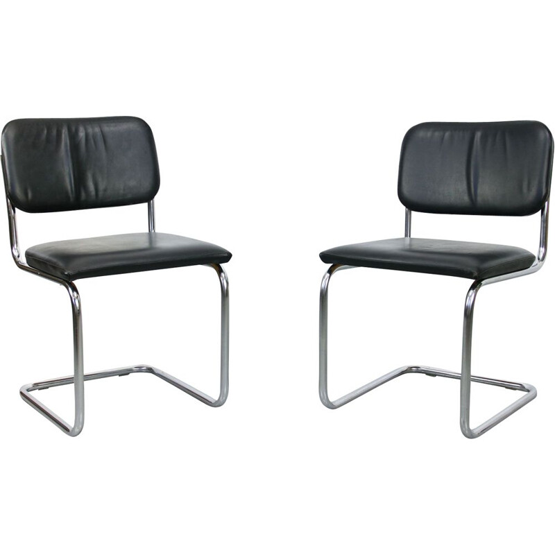 Pair of vintage Cesca chairs in leather by Marcel Breuer