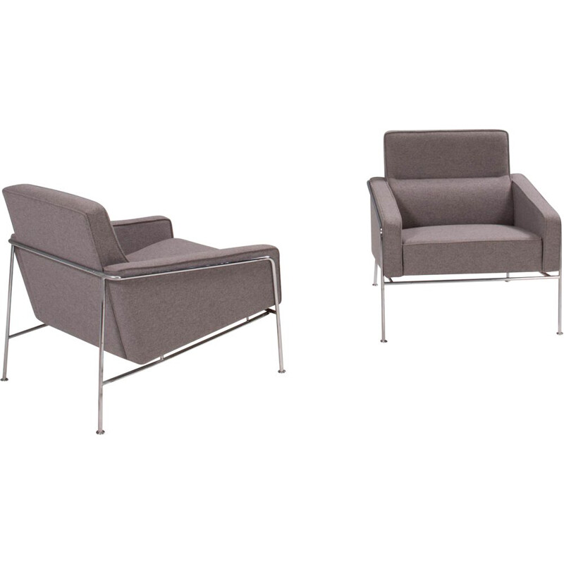 Pair of vintage grey armchairs series 3300 by Arne Jacobsen for Fritz Hansen, 2002