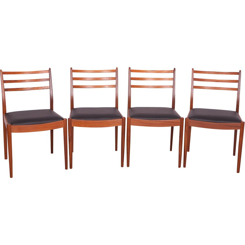 Set of 4 vintage teak dining chairs by Victor Wilkins for G-Plan, UK, 1960