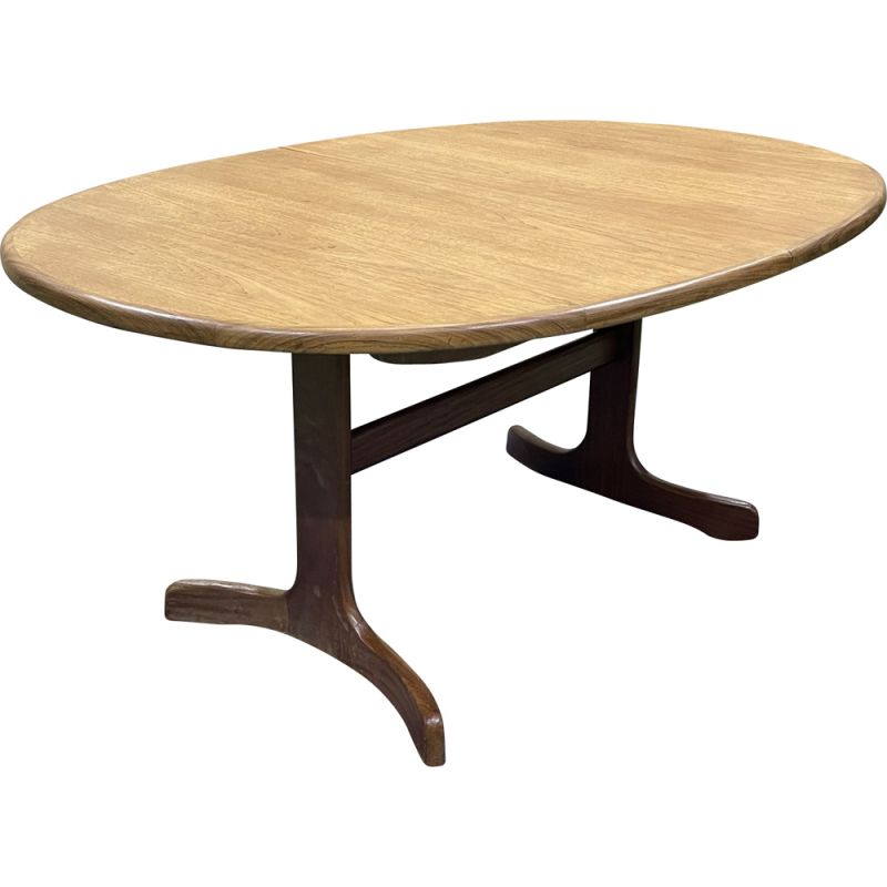 Vintage teak table with butterfly extension for G plan, 1970