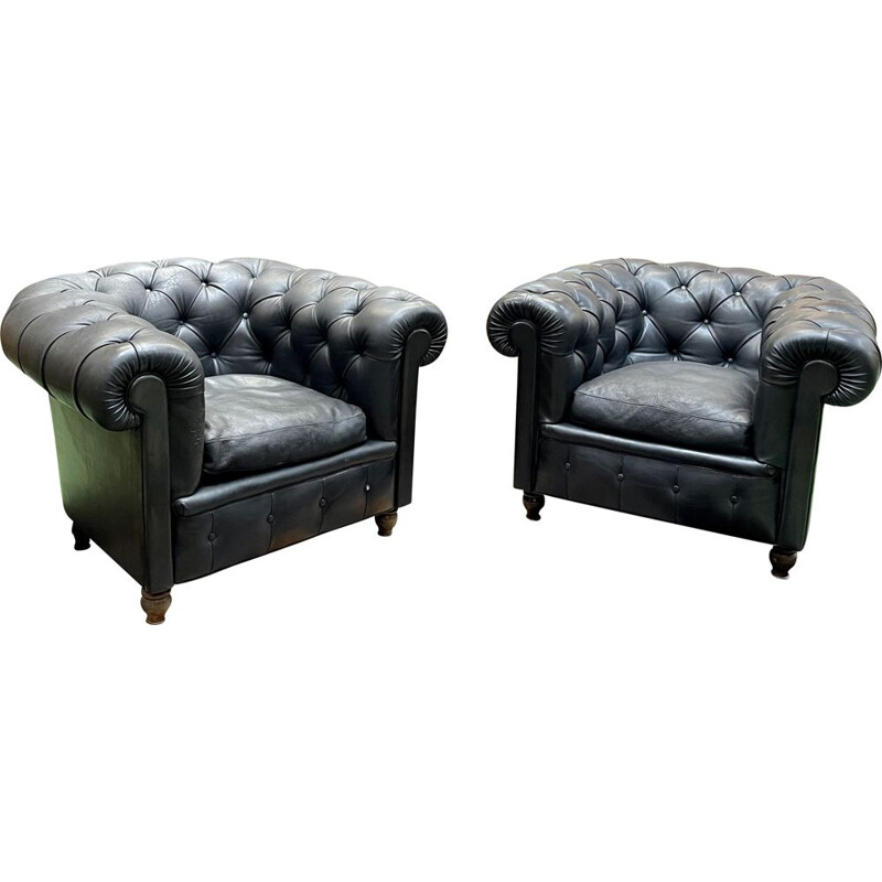 """Pair of vintage Chesterfield armchairs """"Chester One"""" by Renzo Frau for Poltrona Frau, 1970"""