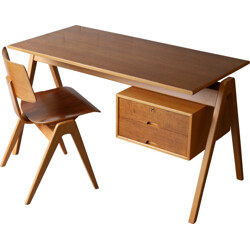 Hillestak desk and chair in beech, Robin DAY - 1950s