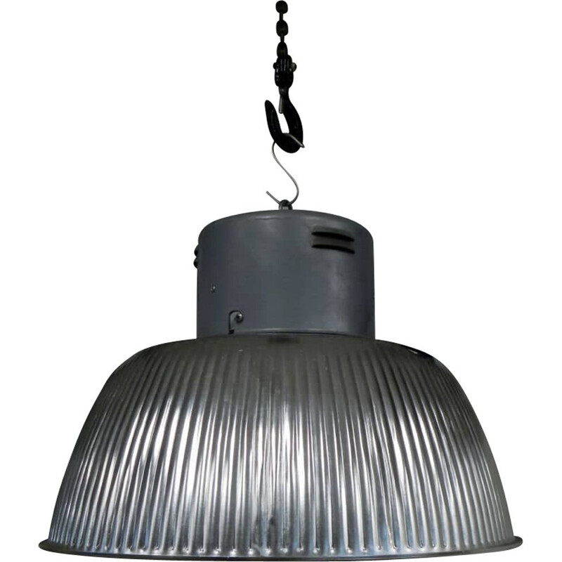 Vintage industrial lamp in aluminum and iron with ceramic lamp holder