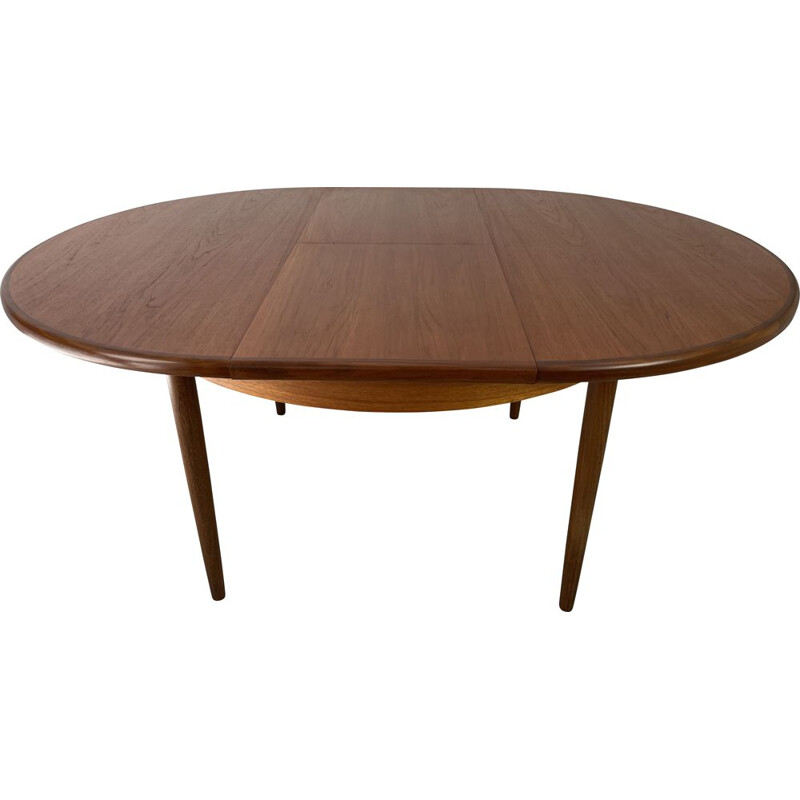 Vintage extendable dining table by Victor Wilkins for G-Plan, 1960s