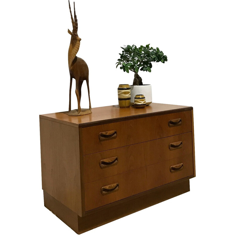 G Plan small teak chest of drawers, Victor WILKINS - 1970s