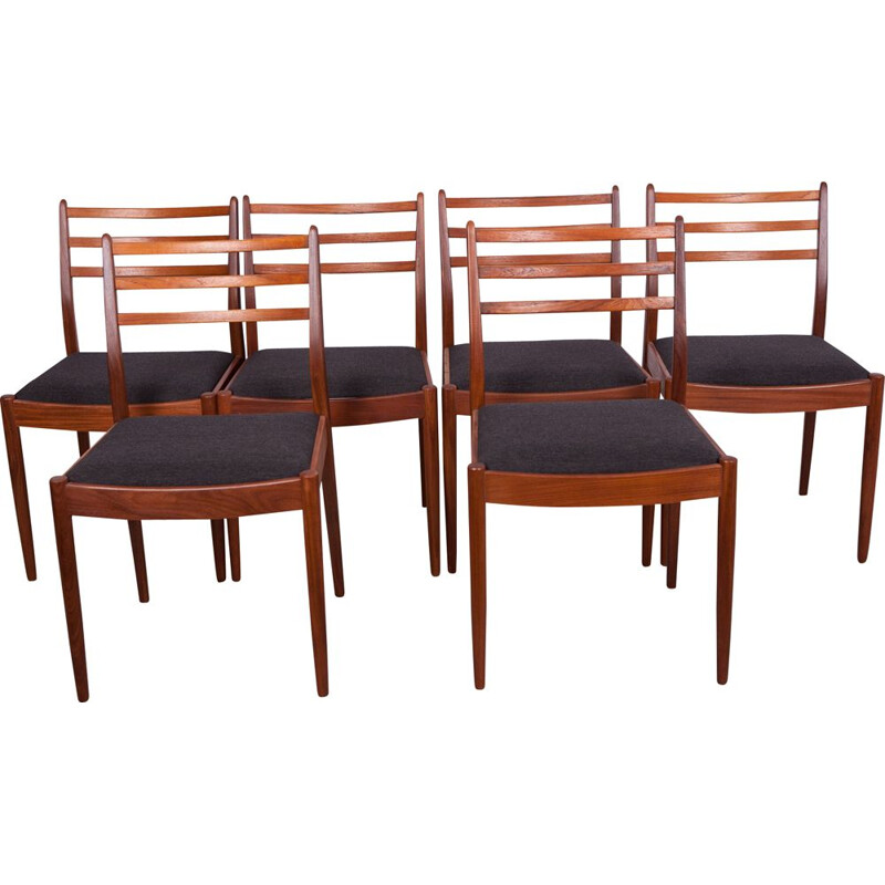 Set of 6 mid century teak and black fabric dining chairs by Victor Wilkins for G-Plan, 1960s