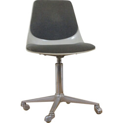 Wilkhahn swivel chair with fiberglas shell - 1960s