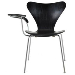"Fritz Hansen ""Serie 7"" chair with writing tablet, Arne JACOBSEN - 1960s"