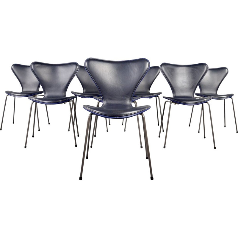 Set of 8 vintage series-7 butterfly chairs by Fritz Hansen