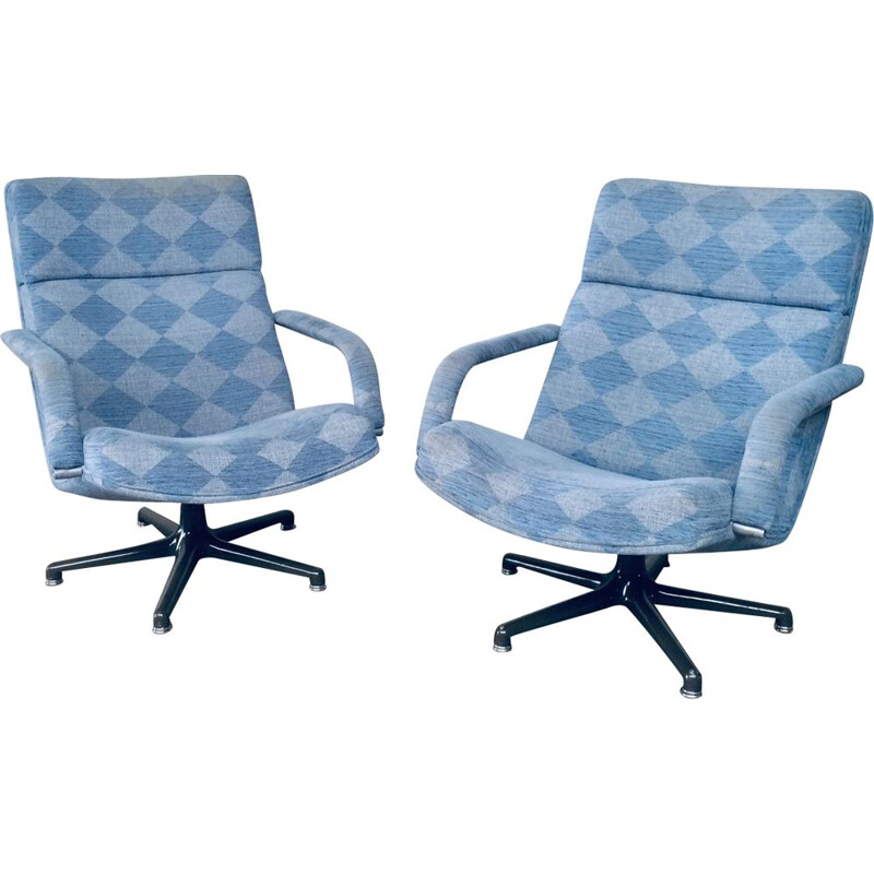 Pair of vintage F141 swivel armchairs by Geoffrey Harcourt for Artifort
