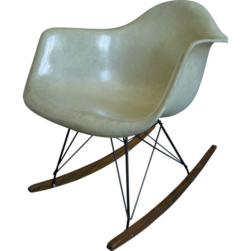 Vintage rocking chair by Eames for Zenith Plastics, 1950