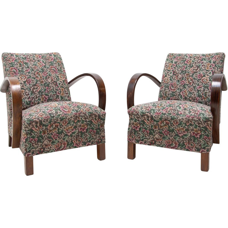 Pair of mid century bentwood armchairs by Jindřich Halabala for UP Závody, 1950s
