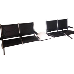 """Herman Miller """"Tandem Sling"""" airport seating in black leatherette, Charles & Ray EAMES - 1960s"""