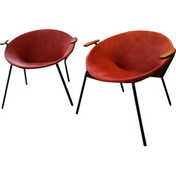 """Pair of """"Ballon chairs"""" in suede red fabric, Hans OLSEN - 1950s"""