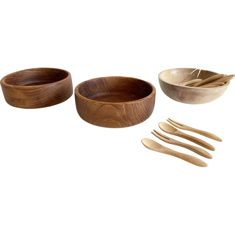 Set of vintage 3 wooden bowls and 12 mini aperitif cutlery