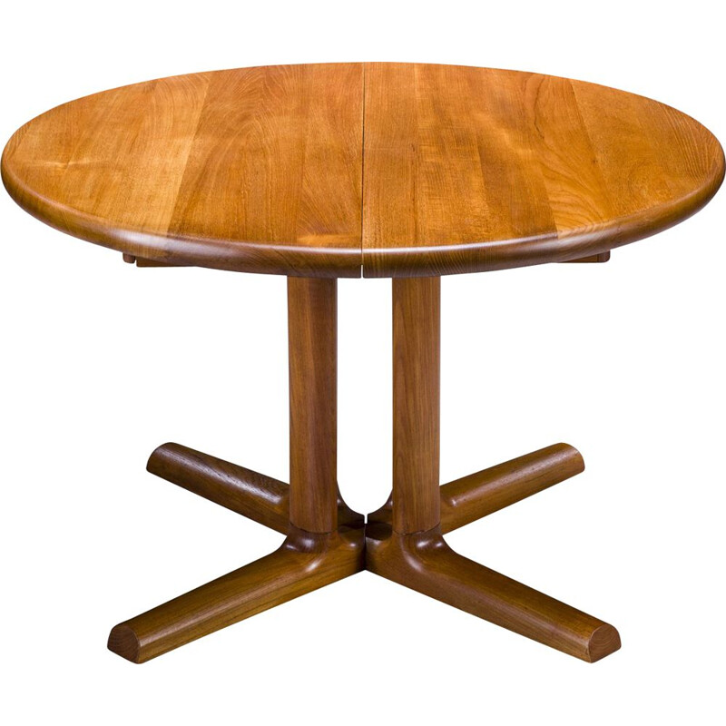 Mid-century extensible round teak low table by Dyrlund, 1970s