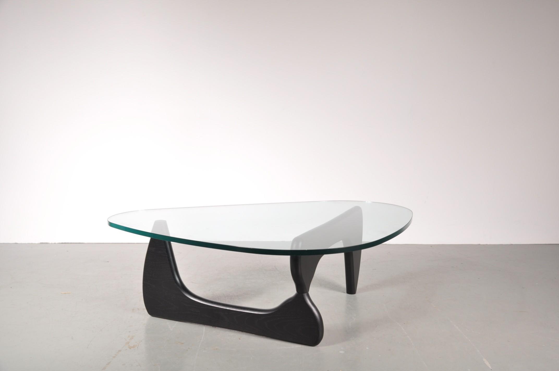 Herman Miller glass coffee table Isamu NOGUCHI 1980s Design