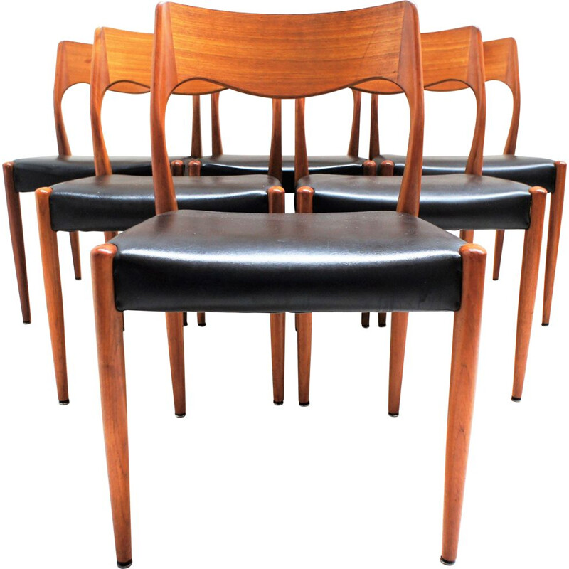 Set of 6 vintage scandinavian teak and black leatherette chairs by Niels O' Moller