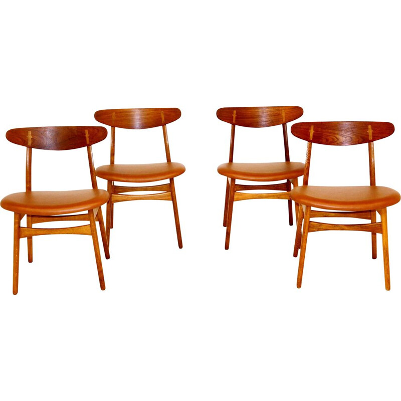 Set of 4 vintage oakwood and leather chairs by Hans j. Wegner for Carl Hansen & Søn, 1960