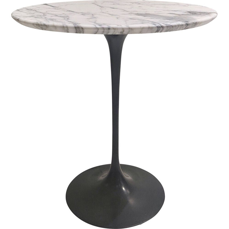 Vintage pedestal table with white marble top and black base by Eero Saarinen for Knoll