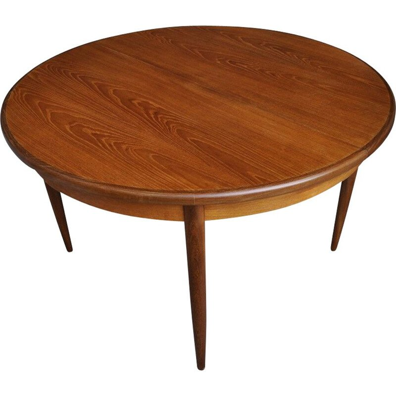 Vintage round table with extension by V. B. Wilkins for G-Plan, 1960
