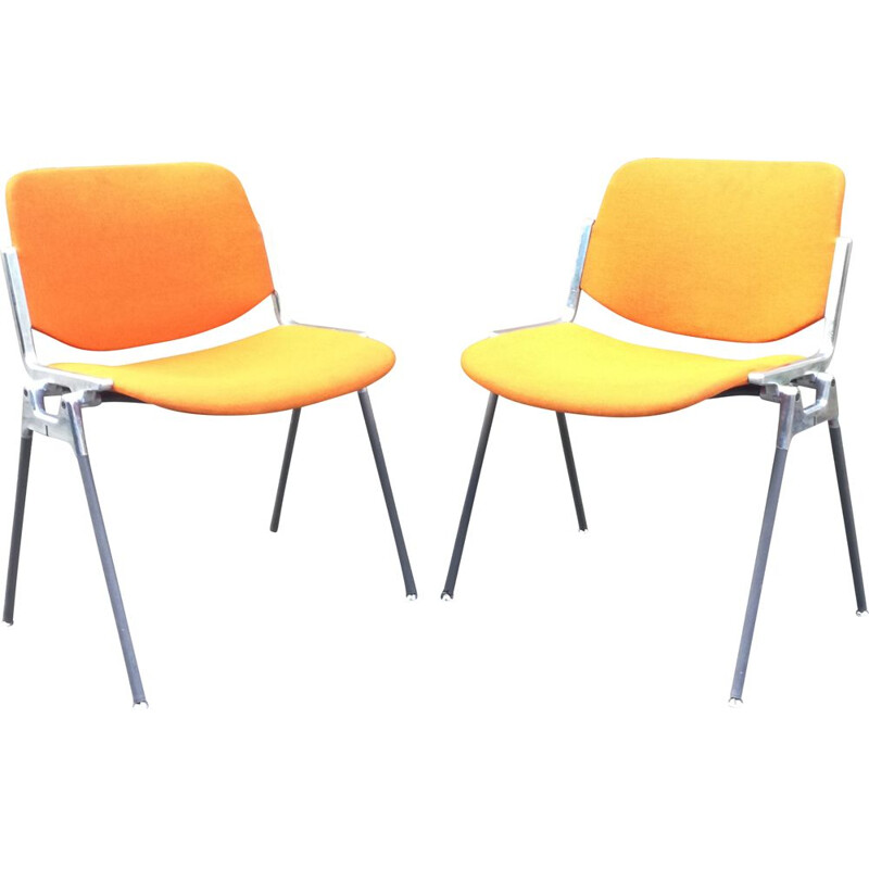 Pair of vintage Dsc 106 chairs by Giancarlo Piretti for Castelli