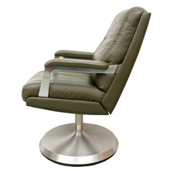 Swiveling armchair in green leather - 1970s