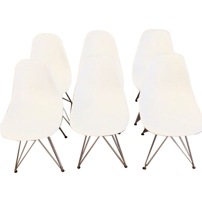 Set of 6 vintage chairs by Eames for Vitra, 2000