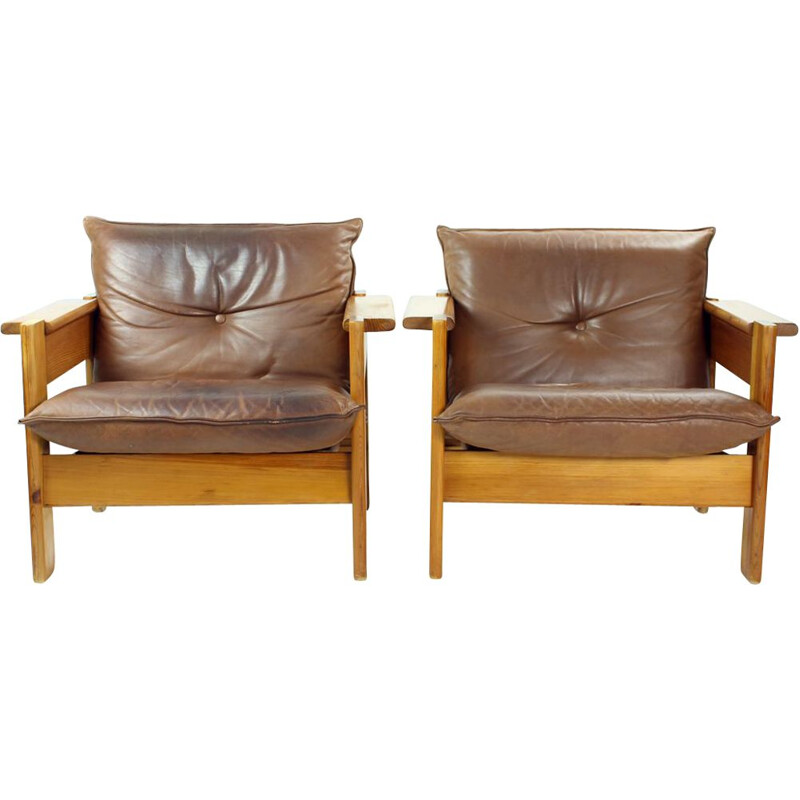Pair of vintage armchairs in leather and wood, Czechoslovakia 1970s