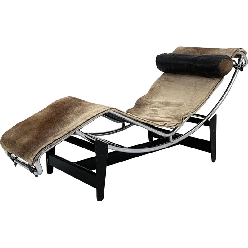 Vintage serial 396 Pony Hide LC4 lounge chair by Le Corbusier for Cassina, 1960s