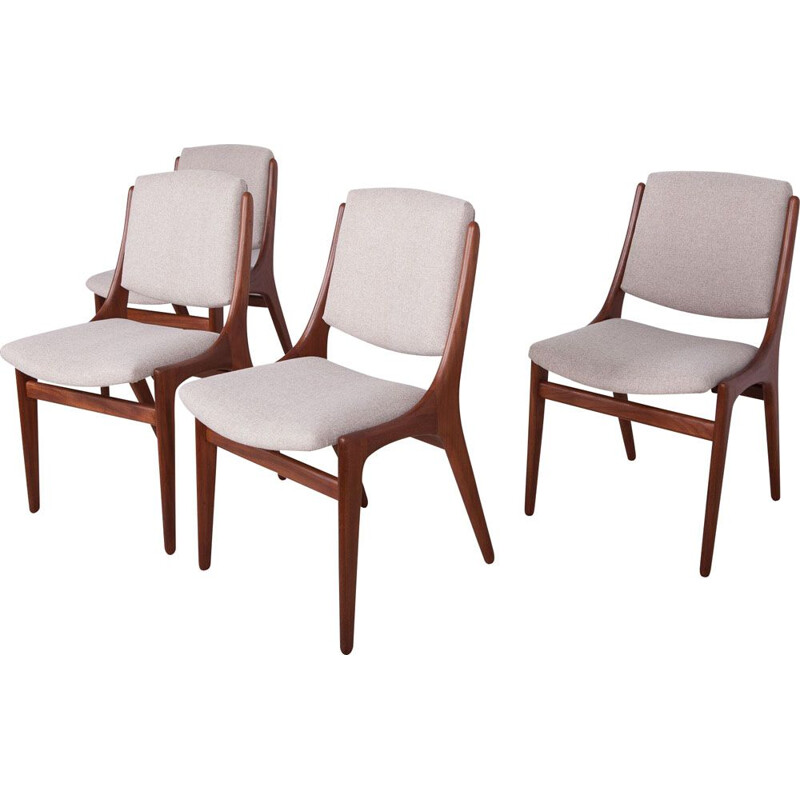 Set of 4 vintage dining chairs by Johannes Andersen, 1960s